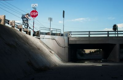 Joey_Motta_ditch_hop_Unseen_WM_1